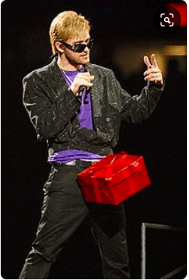 Justin timberlake cut a hole in the box